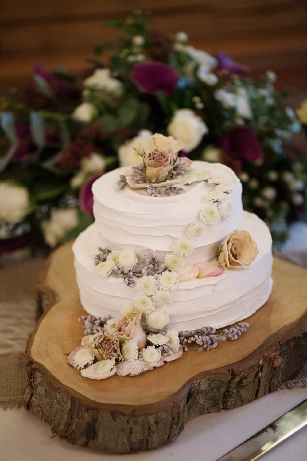 Wedding cake at a Sandhole Oak barn wedding