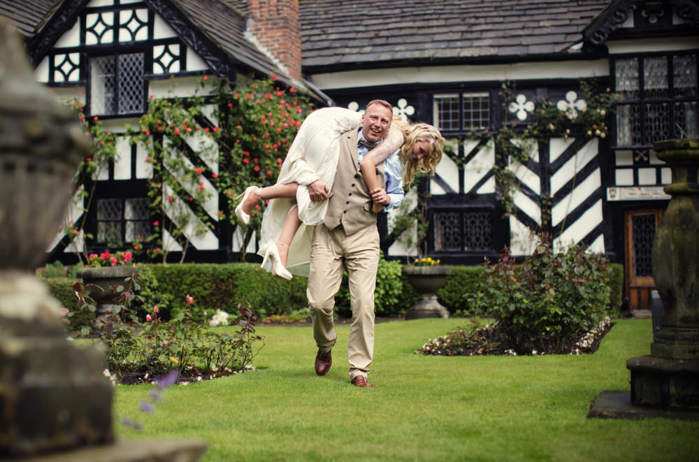 Bride and grom at a Gawsworth hall wedding in Macclesfield